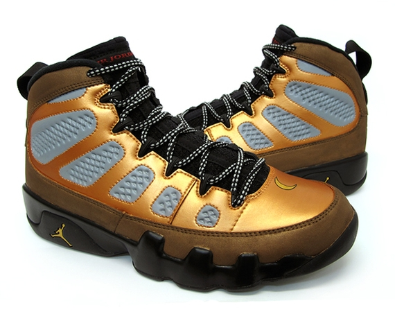 Air Jordan IX: Nite Owl Customs by Sekure D