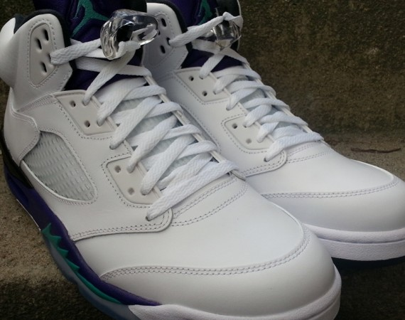 "Air Jordan V: ""Grape"" – Arriving in Stores"