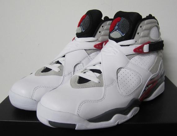 "Air Jordan VIII: ""Bugs"" – Release Reminder"