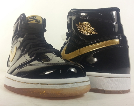 Air Jordan 1: Black/Metallic Gold | Release Reminder