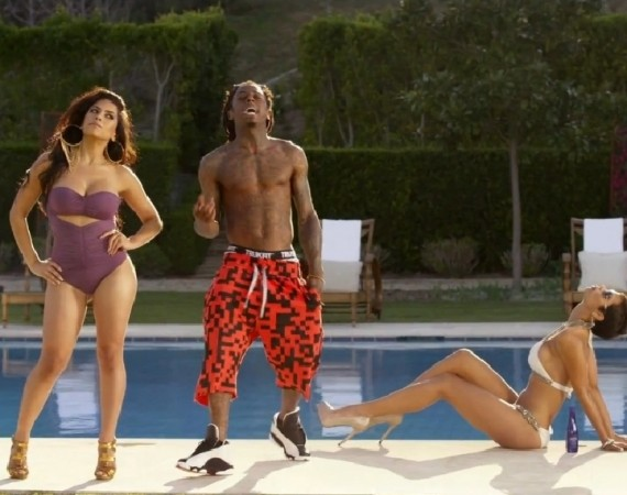 Lil Wayne Wearing Air Jordan XIII He Got Game