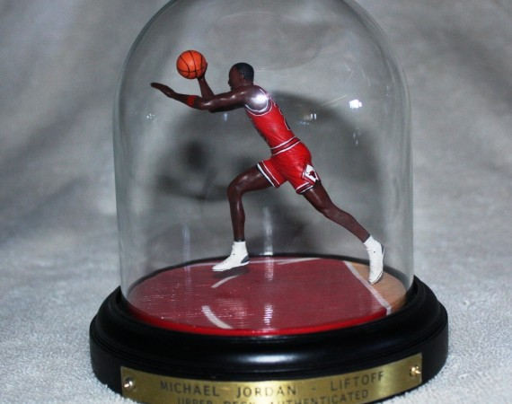 Vintage Gear: Michael Jordan Liftoff Upper Deck Figure