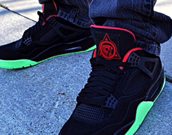 "Air Jordan IV: Yeezy 2 ""4eezy"" Customs"