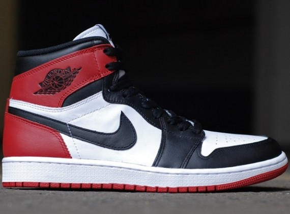 "Air Jordan 1 ""Black Toe"" – Release Reminder"