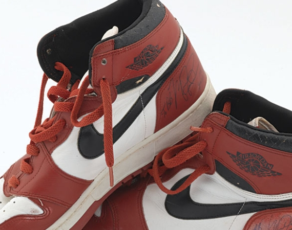 Air Jordan 1: Dunk Sole OG Michael Jordan PE