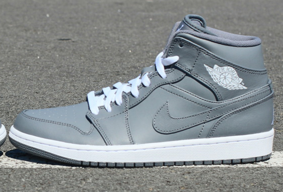 "Air Jordan 1 Mid ""Cool Grey"""