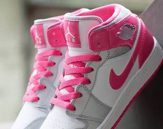 Air Jordan 1 Mid GS: White – Metallic Platinum – Dynamic Pink