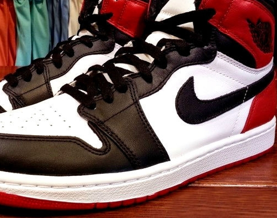 air jordan 1 red black and white