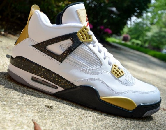 uk availability b2247 a44aa Strip away the Kanye West details on this crazy Air Jordan IV custom and  you ve got an incredible in-line ready, gold flavored pair.