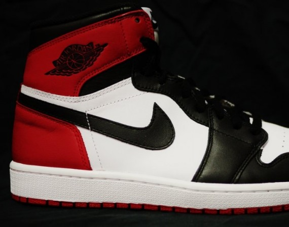 Black Toe Air Jordan 1 Retro High OG