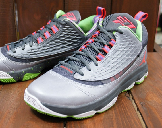 Jordan CP3.VI AE: Wolf Grey  Bright Crimson