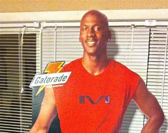 Vintage Gear: Michael Jordan Gatorade Cardboard Cut out