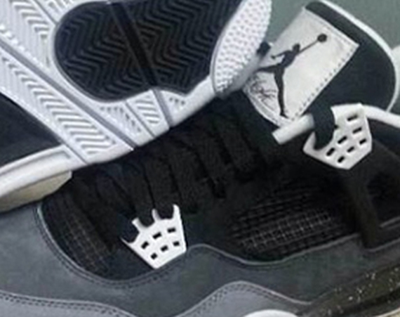 Stealth Oreo Air Jordan IV