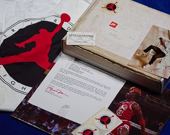 "Vintage Gear: Air Jordan Flight Club ""Welcome Pack"""