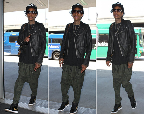 Wiz Khalifa Wearing Air Jordan 1 Black/Metallic Gold