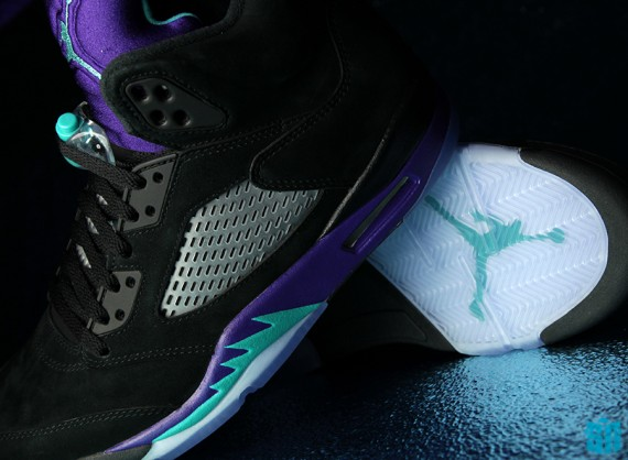 new style 7ef0c 14feb After a long wait, Jordan Brand has finally released a plethora of models  donning the famous  Grape  colorway this year. What came as a surprise  though was ...