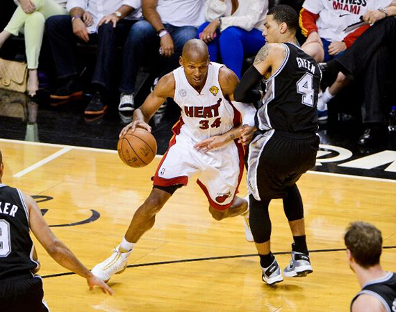 Ray Allen in Air Jordan XX8 Finals PE in Game 1