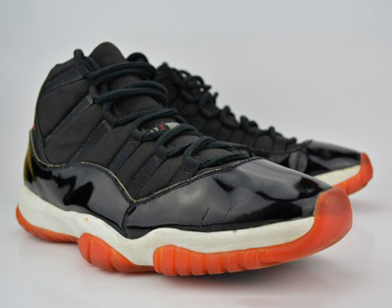 Air Jordan XI: Bred   OG FTPS Sample