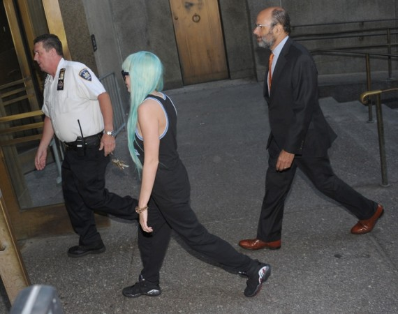Amanda Bynes Makes Court Date in Air Jordan VIII Playoffs