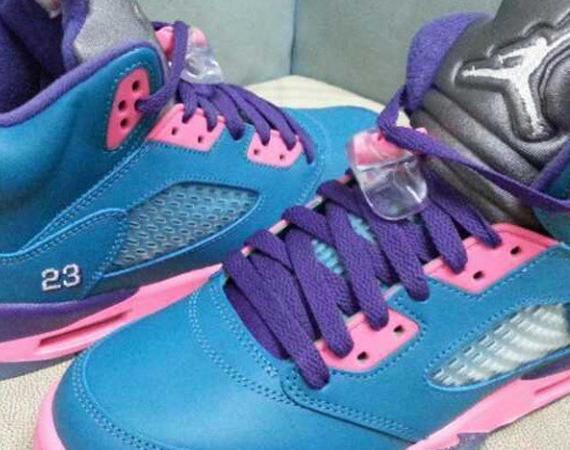 Air Jordan V GS: Blue   Pink   Purple