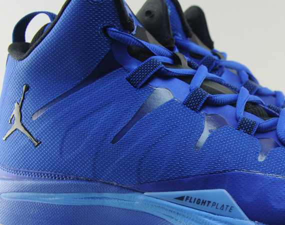 e9bcc45f007 The Jordan Super.Fly 2 has the makings of a great sneaker for the latter  half of 2013 and it has all the tell tale signs: an aggressive ad campaign  by ...