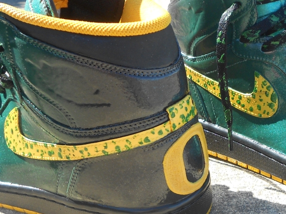 Air Jordan 1: Oregon Ducks Customs by Zadeh Kicks
