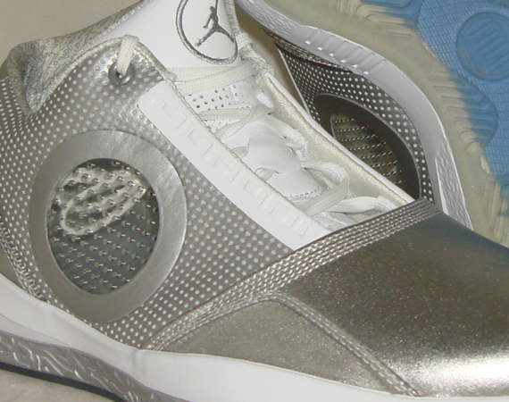 super popular 2cb7b 3bbee When the Air Jordan 2010 was announced, it came with some lofty  expectations when its original press release featured Michael Jordan and  Dwyane Wade side by ...