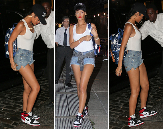 Rihanna Wears Air Jordan 1 Black Toe