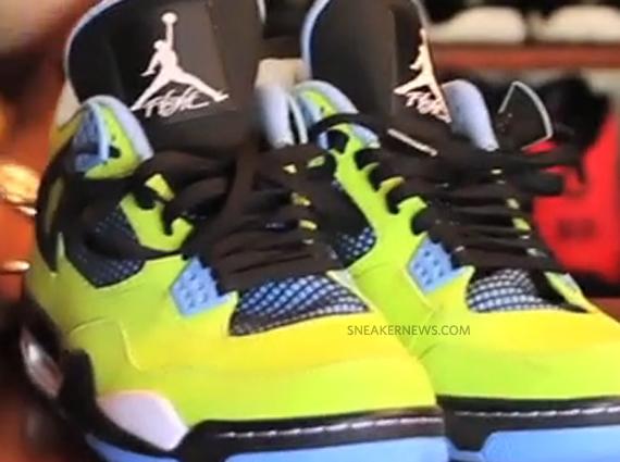 Air Jordan 4: Volt
