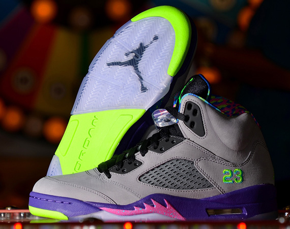 Air Jordan V: Bel Air   Arriving at Retailers