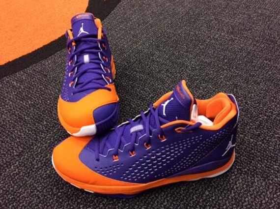 Early today we got a glimpse of a former Suns star s PEs in Shawn Marion s Air  Jordan V and now we get a glimpse at some enticing Jordan CP3. cc5ebf440