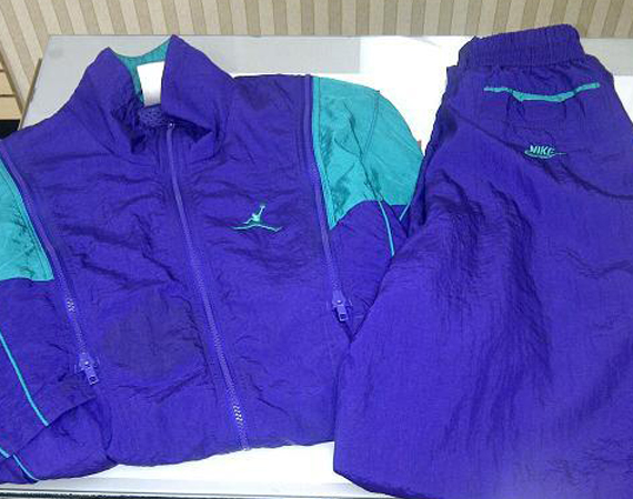 Vintage Gear: Air Jordan 5 Grape Warm Up Suit