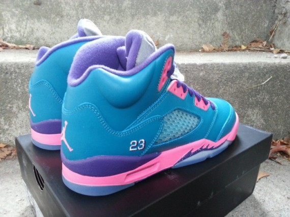 97182d056716e2 air-jordan-5-gs-tropical-teal-club-pink-purple-05-570x427 - Air ...