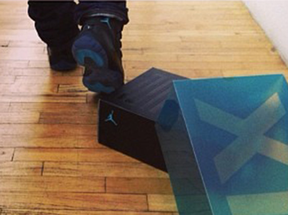 Usher Unboxes Air Jordan XI Gamma Blue
