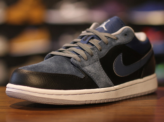 Air Jordan 1 Low: Black   Wolf Grey   New Slate