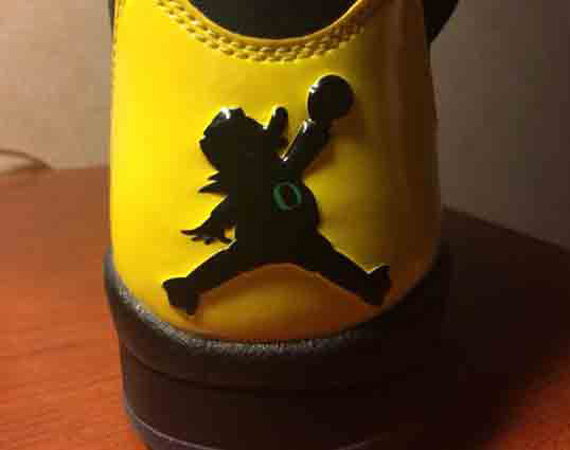 Air Jordan 5: JumpDucks   Oregon Ducks PE