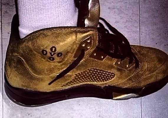 A Recap of Drakes Recent Air Jordan Retro OVO PEs
