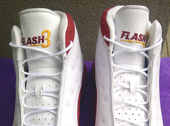 Air Jordan 13: Dwyane Wade Flash 3 Heat PE