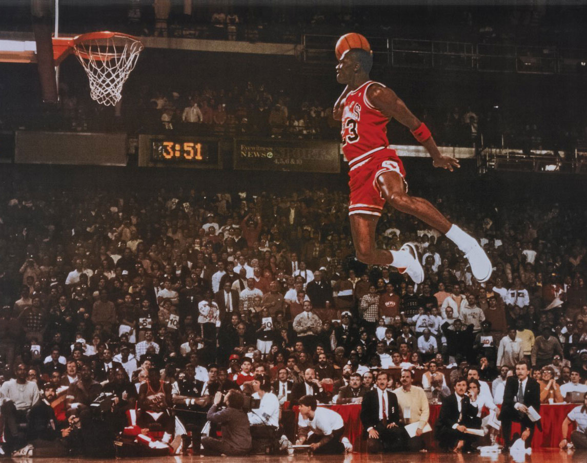 wholesale dealer 18000 fe514 Michael Jordan Wins Slam Dunk Contest in Air Jordan 3