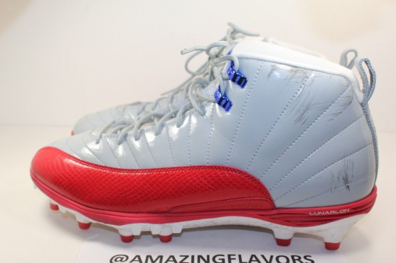 Air Jordan 12 Cleats: Hakeem Nicks New York Giants PE