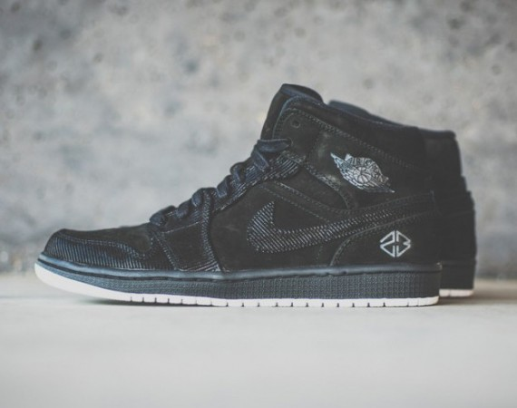 Air Jordan 1 Mid: IP S&S