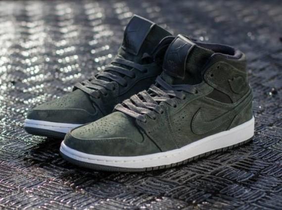 Nike Air Jordan 1 Mediados Nouveau Secuoya / Sequoia-negro-vela