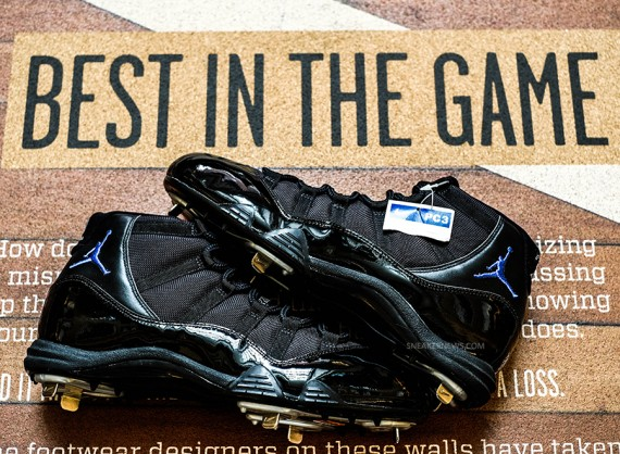 Air Jordan 11: Space Jam PE Cleats for Derek Jeter