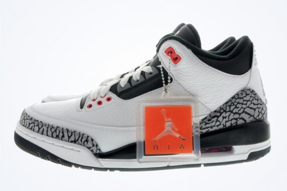 Air Jordan 3: Infrared 23   Available Early on eBay