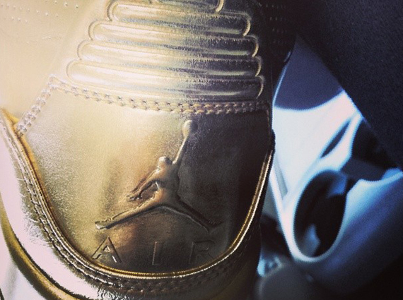 Usher Previews Air Jordan 3 Metallic Gold