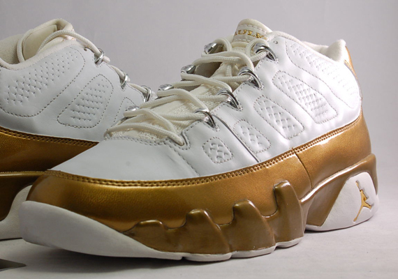 Air Jordan 9 Low: Marshall Faulk PE