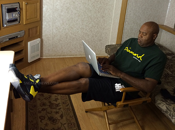 Chi McBride Showcases Another Oregon Ducks Air Jordan 5