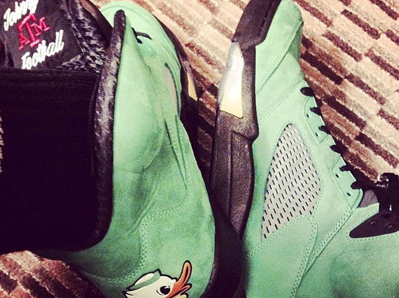 Johnny Manziel Showcases Air Jordan 5 Oregon PE