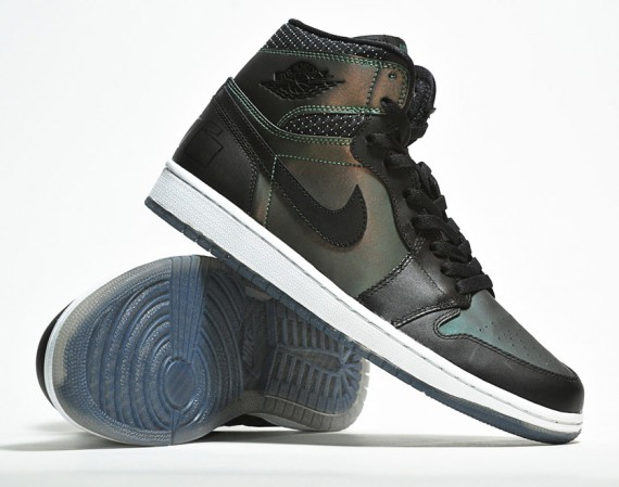 Nike SB x Air Jordan 1   Detailed Images