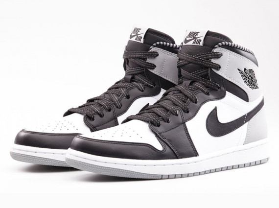 Air Jordan 1 Retro High OG: Barons   Official Images